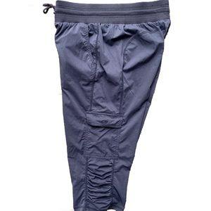 Champion Active Cargo Lightweight Capri Pants